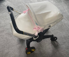 Load image into Gallery viewer, Cream Artenas Car Seat Set