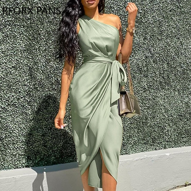 One Shoulder Ruched Design Dress