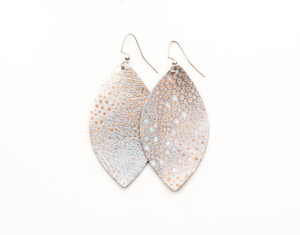 EARRINGS SILVER METALLIC SPECKLED LEATHER LARGE
