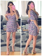 Load image into Gallery viewer, Pretty Girl Dress