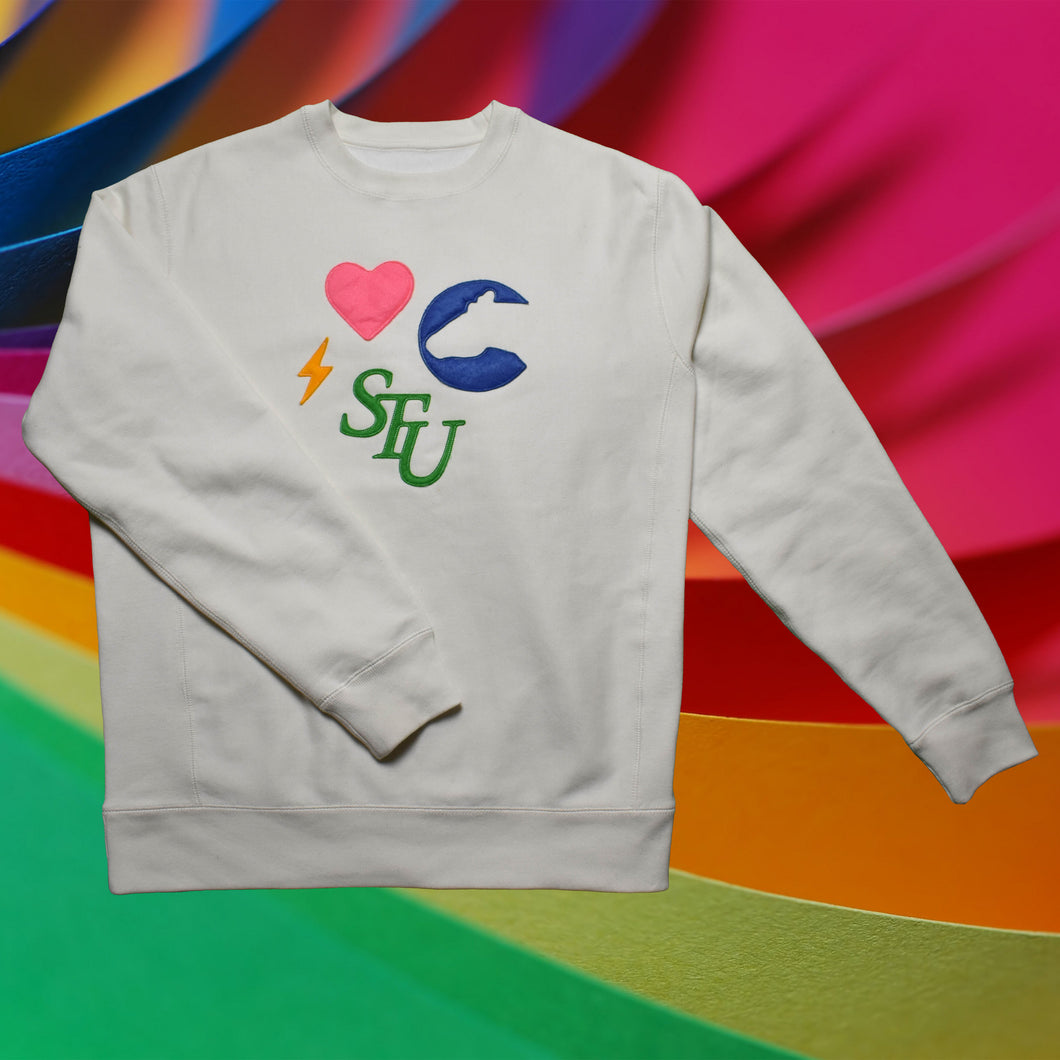 Felt Patch Monogram Crewneck (bone)