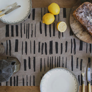 'Silyn' Table Runner