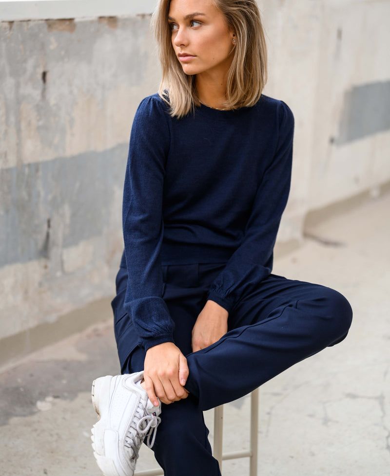 Dark blue sweater LA COEUR