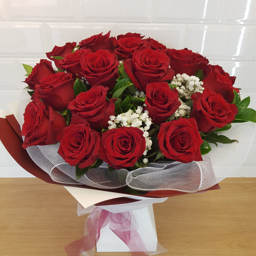 24 Roses in bouquet - Gold Coast City Florist