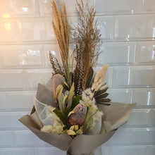 Load image into Gallery viewer, Natural tone Dried flower bouquet - Gold Coast City Florist