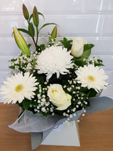 Load image into Gallery viewer, White Mixed seasonal box arrangement - Gold Coast City Florist