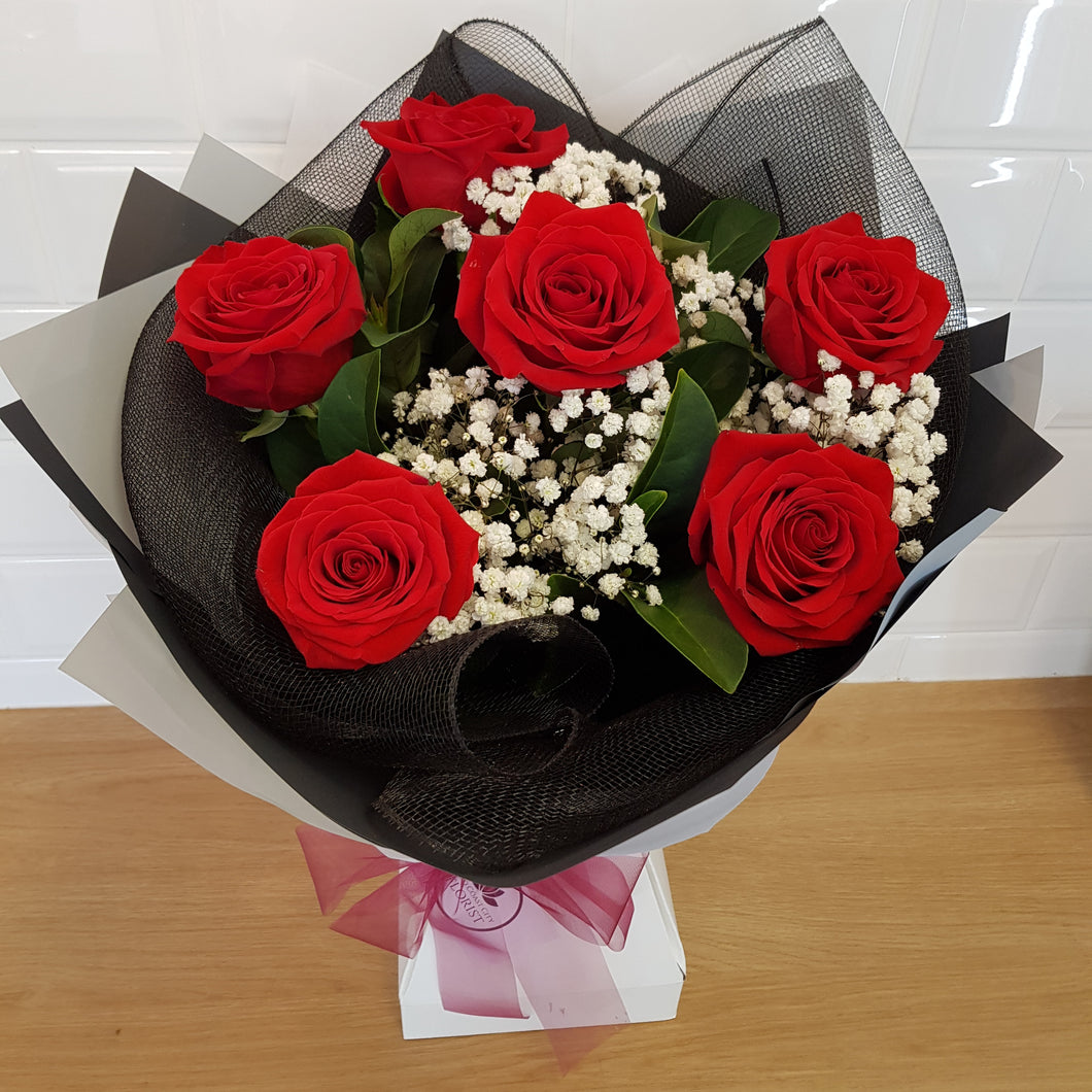 6 rose bouquet - Gold Coast City Florist