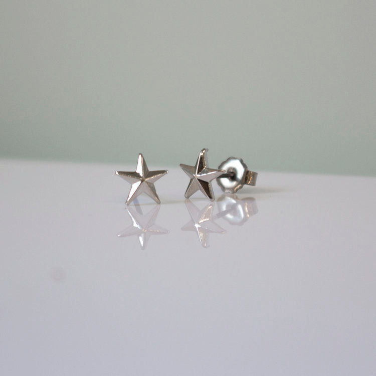 Pointed Star Stud Earring