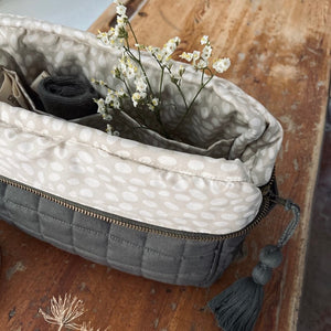 Aviaya Toiletry Bag - Four Leaf Clover