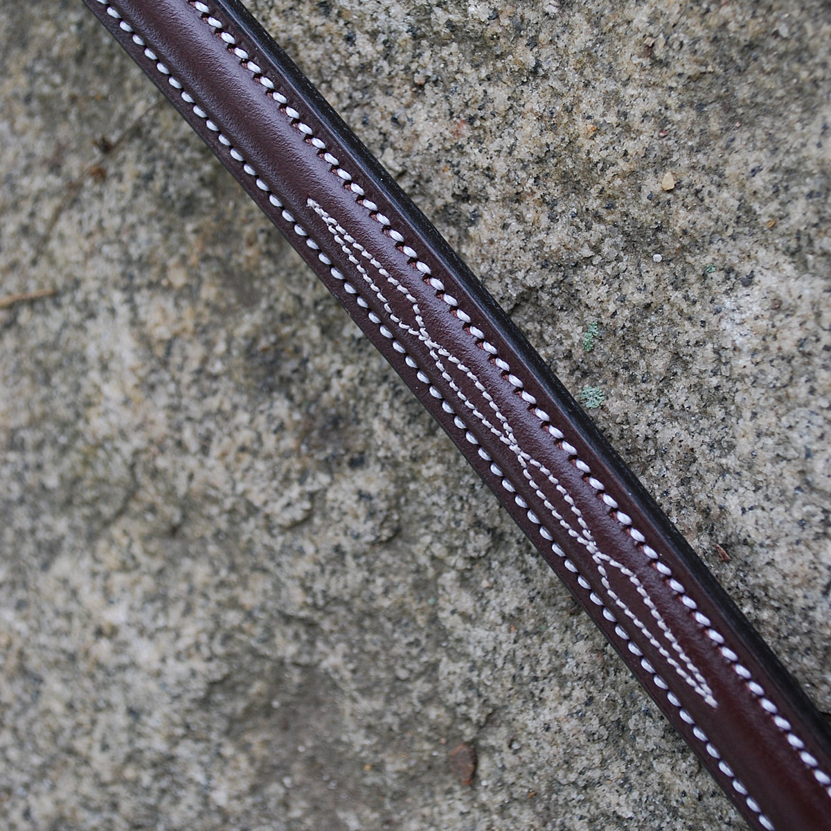 Red Barn by KL Select Round Raised Fancy Standing Martingale