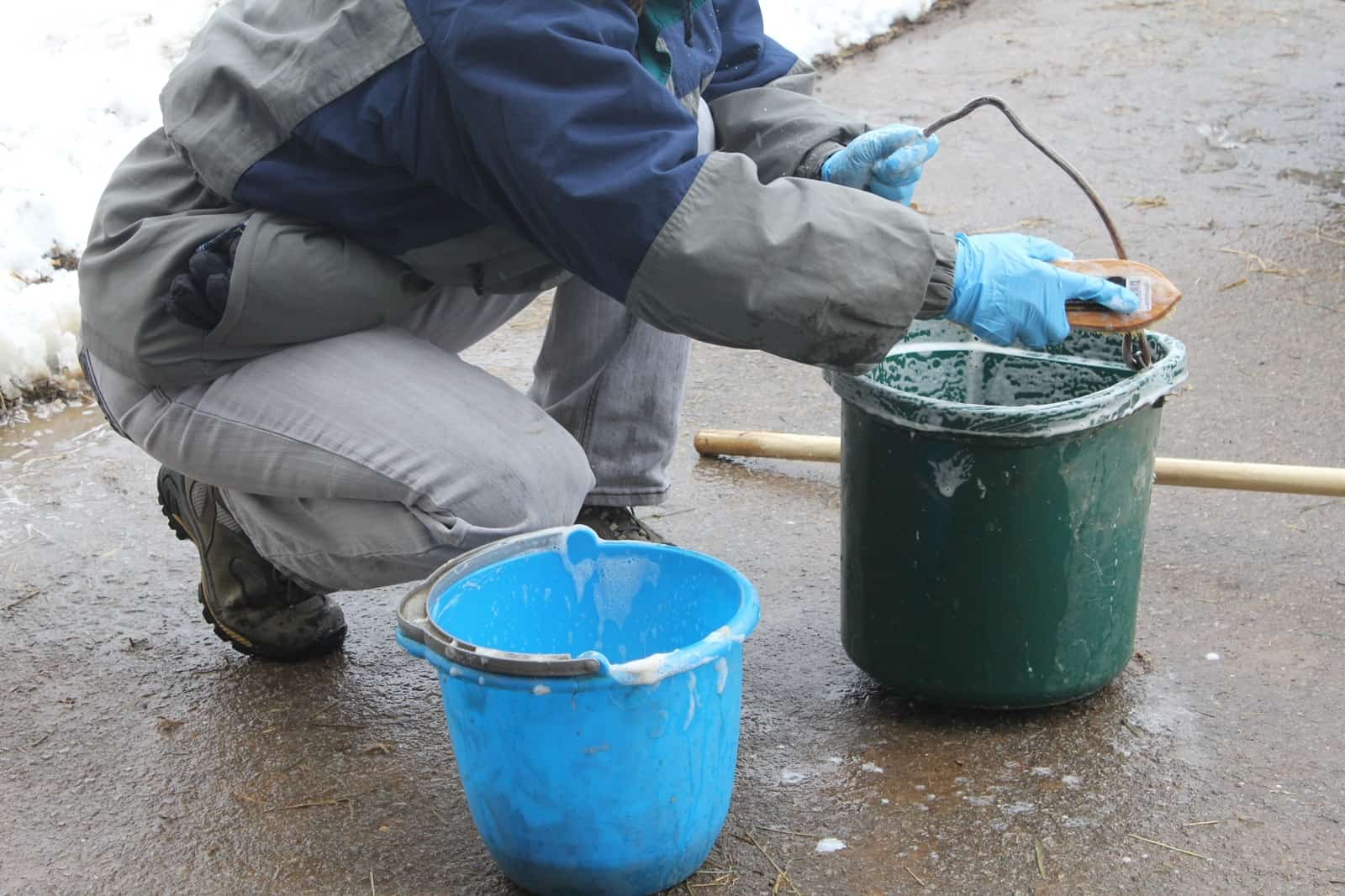 washing buckets