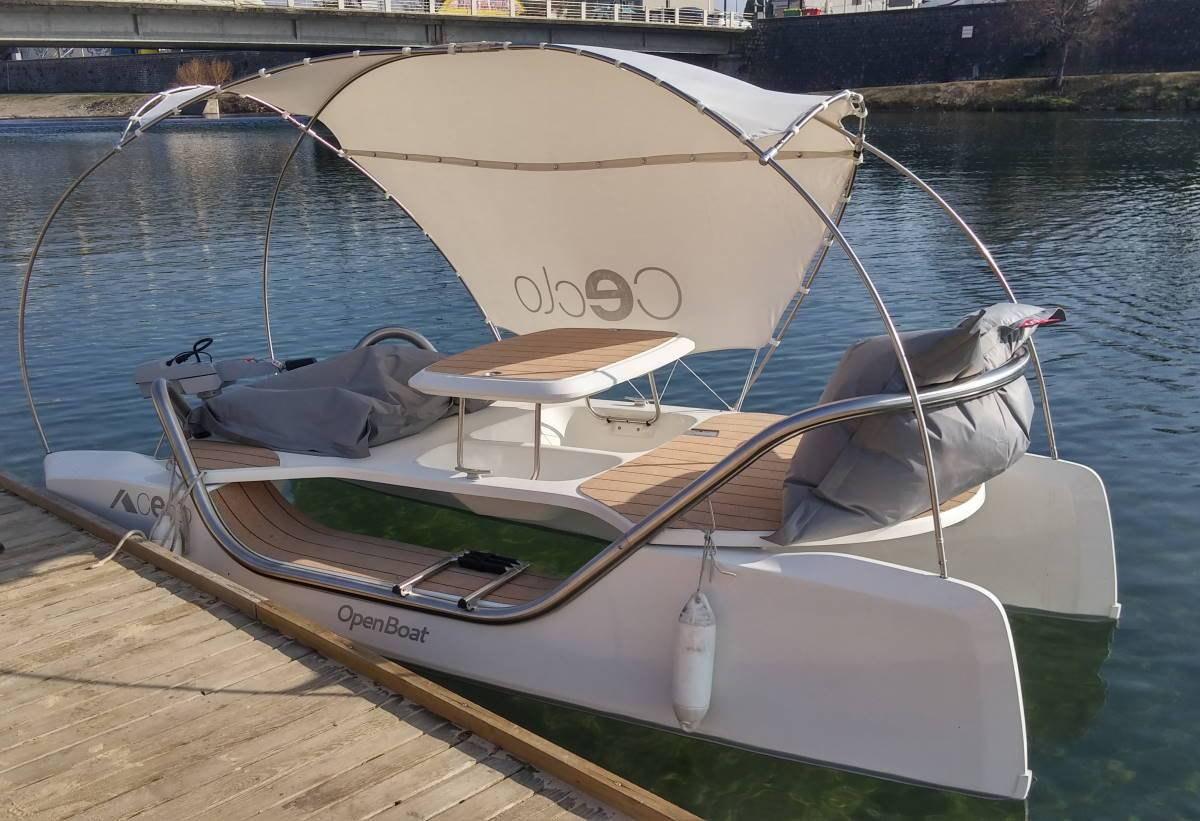 ORIGINAL Boat - E-Catamaran