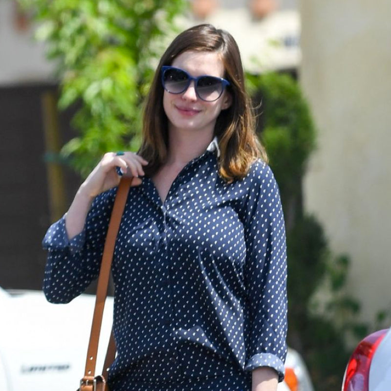 Anne Hathaway wearing Sunday Somewhere Sunglasses