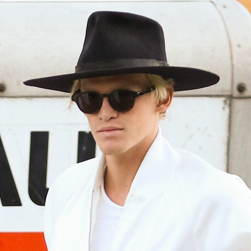 Cody Simpson wearing Sunday Somewhere Sunglasses