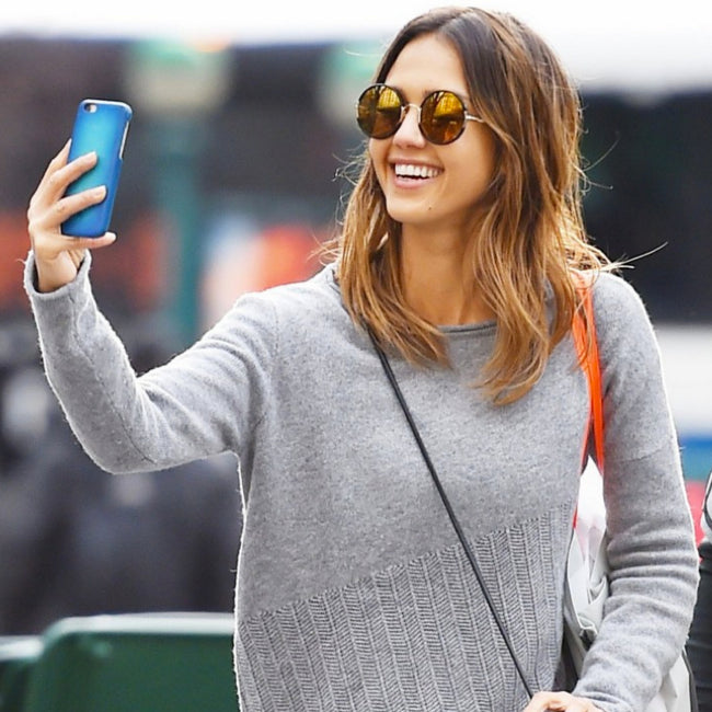 Jessica Alba wearing Sunday Somewhere round sunglasses