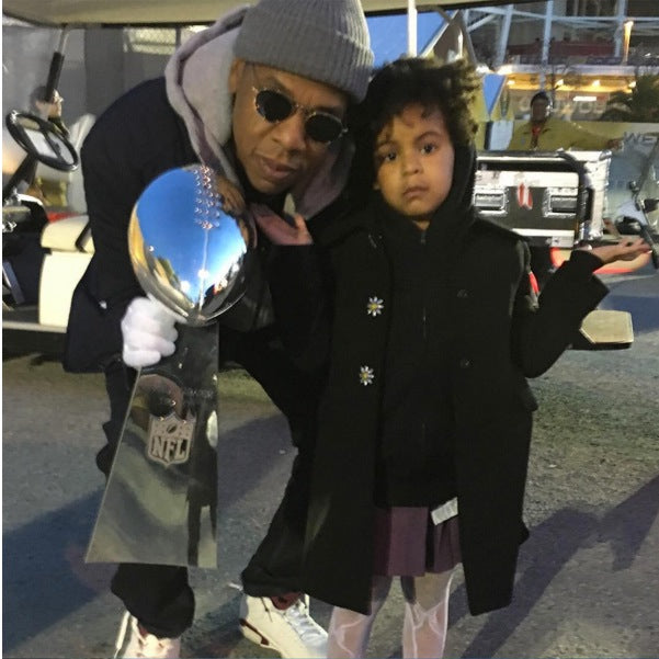 Jay Z with daughter Blue Ivy at the Super Bowl