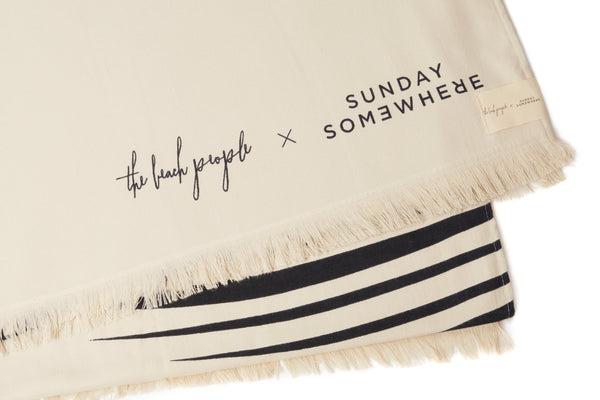 SUNDAY SOMEWHERE X THE BEACH PEOPLE PALM TOWEL