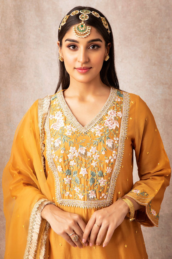 Mustard Short Scalloped Kurta Set - ajieshoberoi