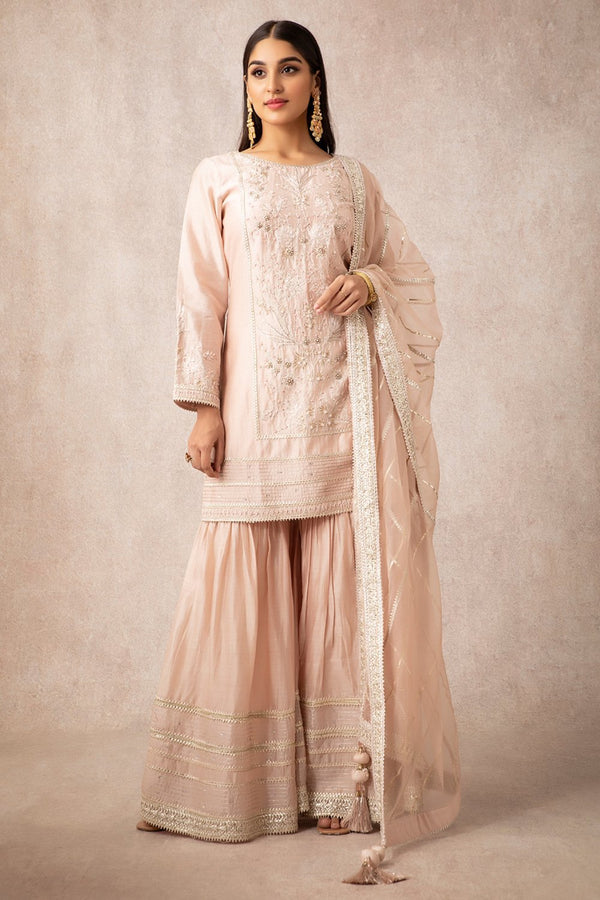 Salmon Straight Kurta Set - ajieshoberoi