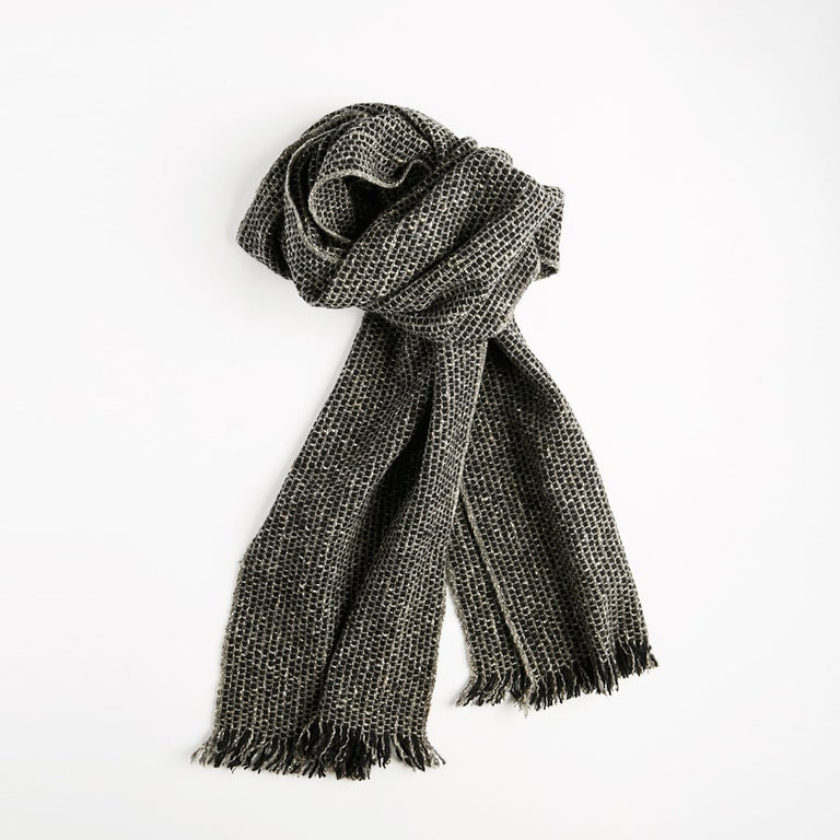 Tweed Scarf - Narrow, Graphic Grey