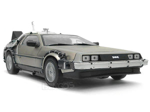 "Delorean ""Back To The Future Pt2 - Hover Version"" 1:18 Scale - SunStar Diecast Model Car"