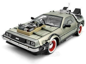"Delorean ""Back To The Future Pt3 - Retro Version"" 1:18 Scale - SunStar Diecast Model Car"