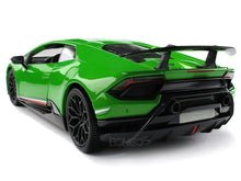 Load image into Gallery viewer, Lamborghini Huracan (Huracíçn) Performante LP640-4 1:18 Scale - Maisto Diecast Model Car (Green)