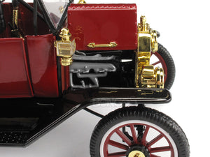 1915 Ford Model T Convertible (Top Down) 1:18 Scale - Motor City Classics Diecast Model Car (Red)