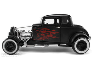 "1932 Ford Coupe ""Hot Rod - Platinum Collection"" 1:18 Scale - MotorMax Diecast Model (Matt Black)"