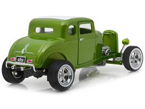 """Gas Monkey Garage"" 1932 Ford 5 Window Coupe 1:18 Scale - Greenlight Diecast Model Car (Green)"