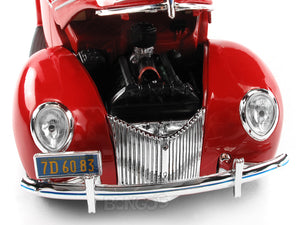 1939 Ford Deluxe Coupe 1:18 Scale - Maisto Diecast Model Car (Red)