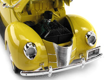 Load image into Gallery viewer, 1940 Ford Deluxe Coupe 1:18 Scale - MotorMax Diecast Model Car (Yellow)