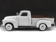 Load image into Gallery viewer, 1950 GMC 150 Pickup 1:18 Scale - Yatming Diecast Model Car (White)
