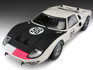 "1966 Ford GT-40 (GT40) Mk II #98 Daytona ""Winner"" Miles/Ruby 1:18 Scale - Shelby Collectables Diecast Model Car (White)"