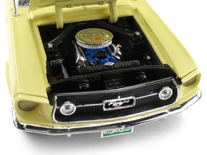 1967 Ford Mustang GT 2+2 1:18 Scale - AutoWorld Diecast Model Car