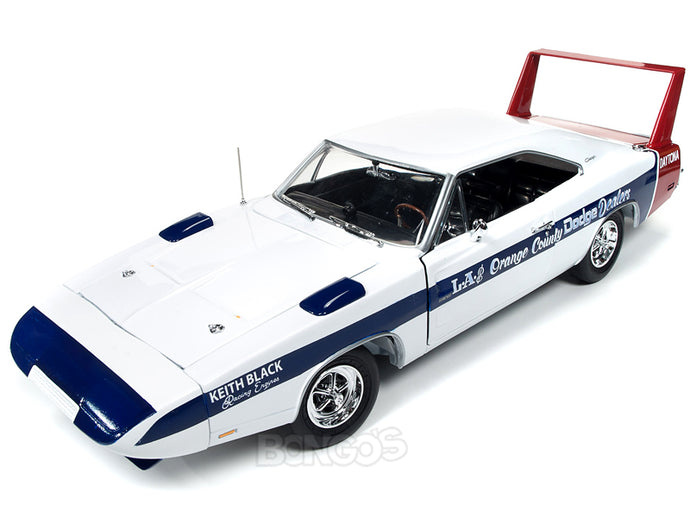 1969 Dodge Charger Daytona 1:18 Scale LA & Orange County Dealer - AutoWorld Diecast Car