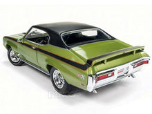 Load image into Gallery viewer, 1971 Buick Skylark GSX Stage 1 1:18 Scale - AutoWorld Diecast Model Car (Green)