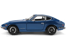 Load image into Gallery viewer, 1971 Datsun 240Z 1:18 Scale - Maisto Diecast Model Car (Blue)