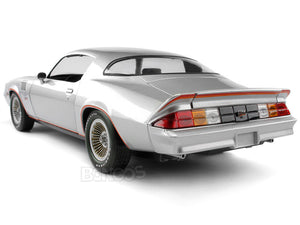 1978 Chevy Camaro Z/28 1:18 Scale - Greenlight Diecast Model (Silver)