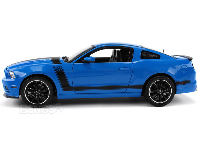 2013 Ford Mustang Boss 302 1:18 Scale - Shelby Collectables Diecast Model Car (Grabber Blue)