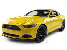 Load image into Gallery viewer, 2015 Ford Mustang GT 1:18 Scale - Maisto Diecast Model Car (Yellow)