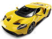 Load image into Gallery viewer, 2017 Ford GT 1:18 Scale - Maisto Diecast Model Car (Yellow)