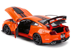 2020 Shelby GT500 Mustang 1:18 Scale - Maisto Diecast Model Car