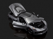 Load image into Gallery viewer, 2020 Chevy Corvette Stingray C8 1:18 Scale - Maisto Diecast Model Car