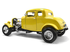 "1932 Ford Coupe ""American Graffiti - Look-a-Like"" 1:18 Scale - MotorMax Diecast Model Car (Yellow)"