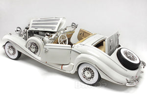 1936 Mercedes-Benz 500K Super-Roadster 1:18 Scale - Maisto Diecast Model Car (White)
