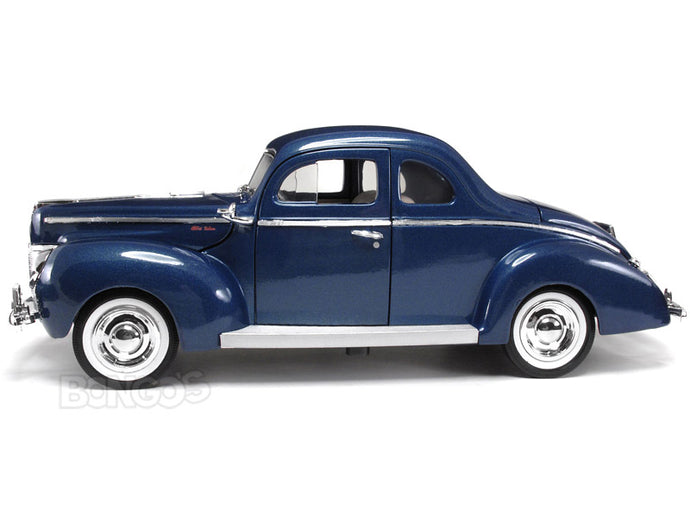 1940 Ford Deluxe Coupe 1:18 Scale - MotorMax Diecast Model Car (Blue)