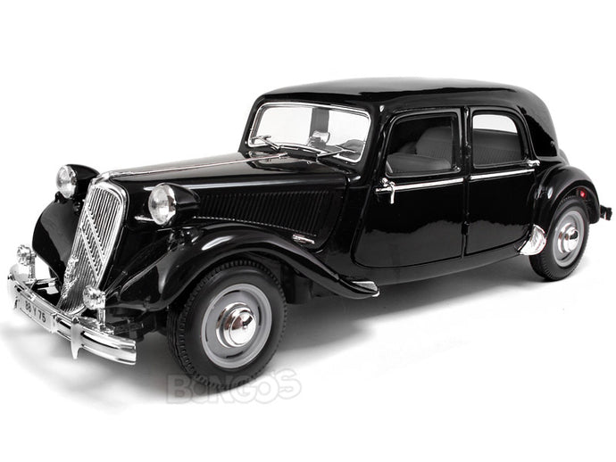 1952 Citroen 15CV 1:18 Scale - Maisto Diecast Model Car (Black)