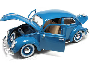 "1955 VW ""Kafer"" Beetle 1:18 Scale - Bburago Diecast Model Car (Blue)"