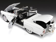 Load image into Gallery viewer, 1956 Ford Thunderbird Roadster 1:18 Scale - MotorMax Diecast Model Car (White)